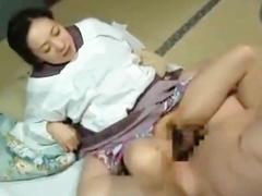 昭和の熟女が醸し出すエロスは最高 着物に割烹着が良く似合う妻と昼間っからまぐわう夫