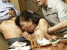 老人の合コンはエロかった…婆に群がり生ハメ中出しする爺たち