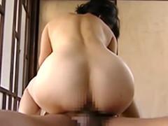 熟女のエロさ溢れる妻の巨乳とプリケツを堪能する夫婦のセックス
