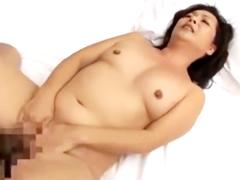 熟女の身体はエロくて素晴らしい 久しぶりのセックスだというのに締めつけ具合が半端ない