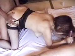 人妻が乳を揺らして他人にハメられまくってる姿を撮影した熟女とヤリたい男たち