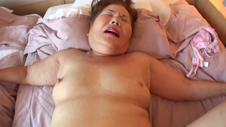 70歳の未亡人…7