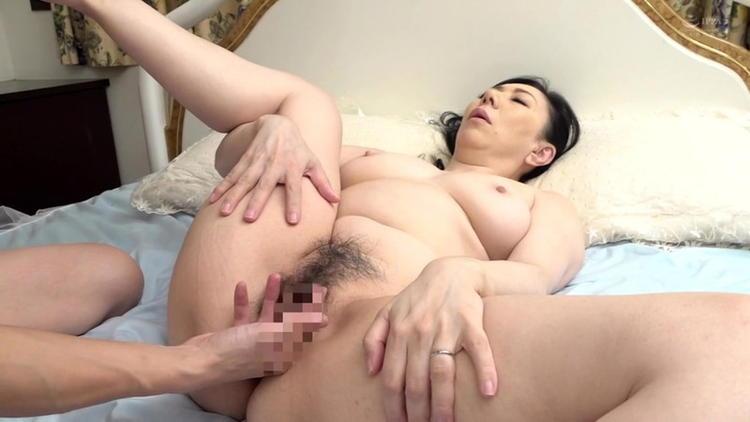 還暦の母に膣内射精…6